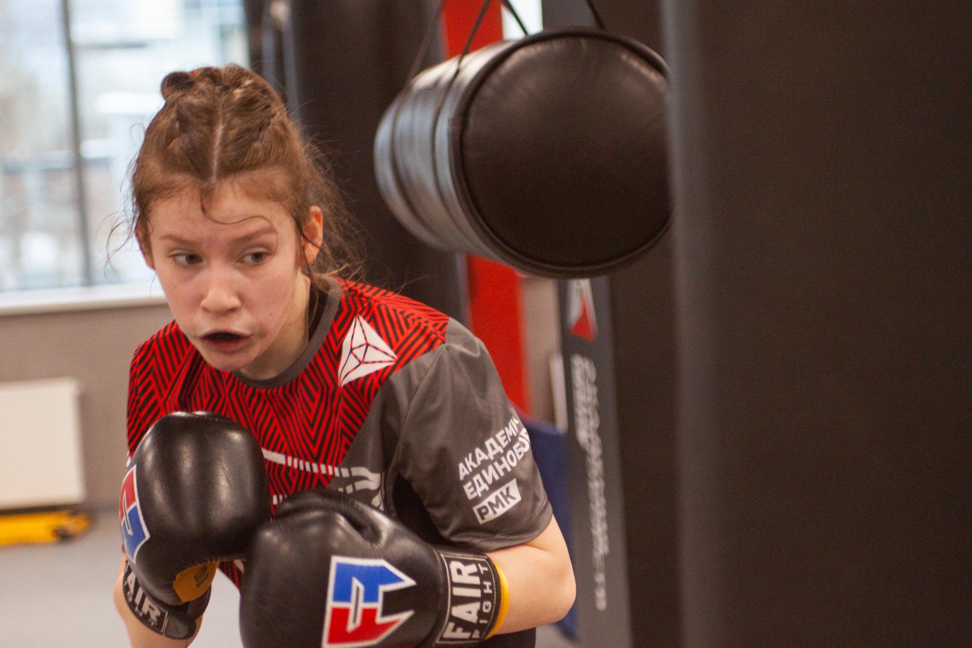 Спортсменки из Свердловской области выступят на Первенстве России по боксу среди юниорок 17-18 лет