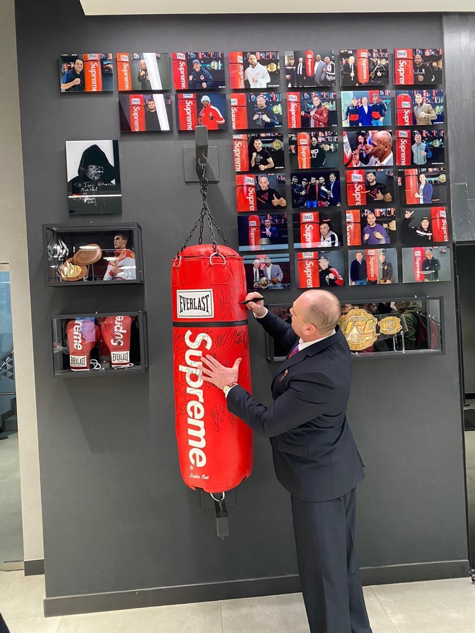 Глава Федерации бокса Свердловской области посетил Академию единоборств РМК.